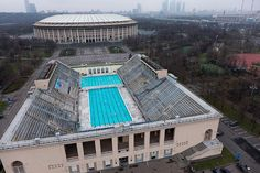 Outdoor Swimming Pool of the Luzhniki Sports Complex  http://bigtimemoscow.com/make-a-splash-in-moscow-open-air-swimming-pools/#hcq=saRPPEp