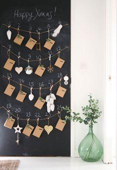 Qui n'a pas connu dans son enfance le calendrier de l'avent et ses fameux chocolats ?Pour faire patienter les petits (comme les grands) jusqu'au jour de Noël, ce calendrier est indispensable dans tout foyer. Mais aujourd'hui, vous pouvez bricoler à peu près tout ce que vous souhaitez, y compris des calendriers de l'avent ! Alors … More