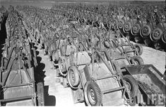 Jeep_Graveyard_Okinawa_1949