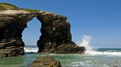 Las Catedrales (Lugo). Todo un ejemplo impresionante de arquitectura natural, la playa de Aguas Santas, que es como es realmente conocida en...