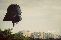 Montgolfière Dark Vador par Carlos Nizam