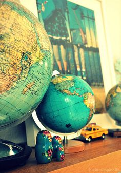 GLOBE~vintage globes