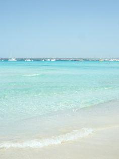 Ya queda poco para que podamos disfrutar las playas de Mallorca. Nos han recomendado esta en el sur de la isla: Es Trenc