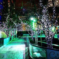 #icerink #iceskating #canarywharf #fairytale #magic #green #picoftheday #instalike #instadaily #instalondon #relax #night #london #picofthenight #lights #instauk #igerslondon #igersoftheday by panagiotis84gr