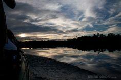 Pelo rio Juma no Amazonas