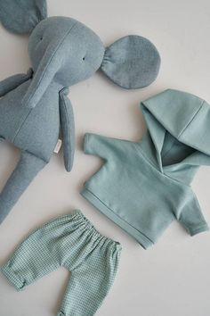 Fabric Toys, Fabric Crafts, Sewing Dolls, Soft Dolls, Stuffed Animal Patterns, Diy Doll, Cute Dolls, Plush Dolls, Handmade Toys