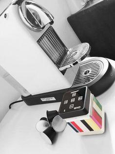 #speaker #bluetooth #soundwaver #vibration #portable #rigato #colors #paulsmith #coffee #break #lifestyle #office