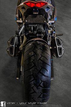 Vilner works its magic on a Kawasaki Honda Scrambler, Kawasaki Motorcycles, Scrambler Motorcycle, Moto Bike, Z 800, Kawasaki Bikes, Bike Sketch, Futuristic Motorcycle, Motosport