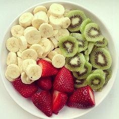 Oh my god !! Who's craving for fruits right now ? 😍  #fruit #health #healthy #fruitsalad #food #goodfood #healthyfood #fitfood #weightloss #snack #healthysnack #meal #diet #banana #kiwi #strawberry #sport #foodporn