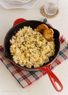 Buenos días!!. Hoy es el día de la receta aragonesa. Este mes le dedicamos un momento en el blog al pescado y os traigo un plato muy típi...