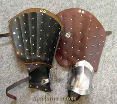 Splinted leather Cuisses