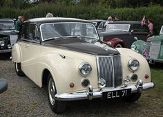 1959 Armstrong Siddeley Star Sapphire. Majestic saloon. Classic Cars British, British Car, Vintage Cars, Antique Cars, Old Lorries, Cars Uk, Volkswagen Transporter, Classic Mercedes, Star Sapphire