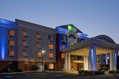 Holiday Inn Express Hotel & Suites Middleboro Raynham - 2 Star #Hotel - $102 - #Hotels #UnitedStatesofAmerica #Middleboro http://www.justigo.eu/hotels/united-states-of-america/middleboro/holiday-inn-express-suites-middleboro-raynham_111738.html