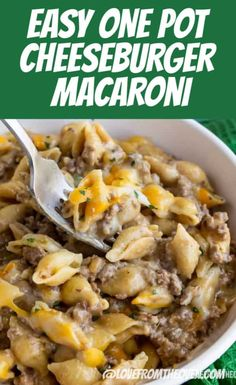 This easy one pot Cheeseburger Macaroni is a hit with my kids! Such a quick weeknight dinner, everyone loves it. Ready in under 30 minutes! Homemade Cheeseburger Macaroni Recipe, Macaroni Recipes, Yummy Pasta Recipes, Chicken Pasta Recipes, Easy Dinner Recipes, Beef Recipes, Cooking Recipes, Healthy Recipes, Quick Hamburger Recipes