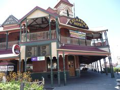 this old pub has great cold beer and a very nice balcony over looking the main street Country Hotel, Country Stores, Western Australia, Australia Travel, Australian Vintage, Old Pub, Main Street, Bouldering, Small Towns