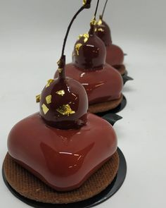the black forest👍👍👍 Gourmet Desserts, Fancy Desserts, Delicious Desserts, Pie Cake, No Bake Cake, Brownie Ice Cream, Pastry Art, Mousse, Beautiful Desserts