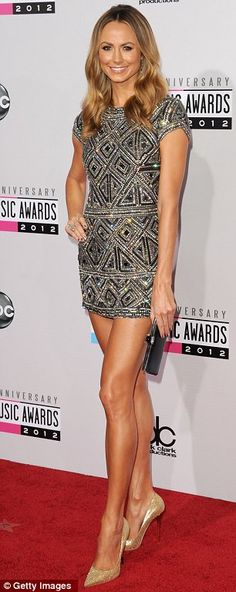 Taylor Swift, Heidi Klum and Stacy Keibler lead the metallics brigade on American Music Awards red carpet New Fashion, Girl Fashion, Womens Fashion, Fashion Trends, Stacy Keibler, Super Girls, Red Carpet Looks, Beautiful Dresses, Gorgeous Dress