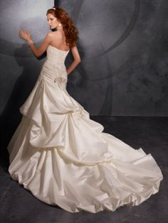 Brilliant Taffeta Sweetheart Princess Wedding Dresses With Pick Ups