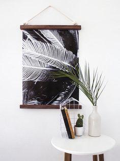 DIY Hanging Half Frame from Design Sponge Diy Wall Art, Diy Wall Decor, Diy Bedroom Decor, Diy Home Decor, Bedroom Ideas, Interior Design Minimalist, Minimalist Decor, Modern Minimalist, Minimalist Bedroom