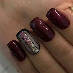 Choosing between countless burgundy nails ideas is a tough job. But, hey, you have all the time in the world ahead, right? Dive in! Nägel Ideen tauchen ein 45 Newest Burgundy Nails Designs You Should Definitely Try In 2020 Fall Gel Nails, Dark Nails, Autumn Nails, Red Nails, Hair And Nails, Matte Nails, Acrylic Nails, Nail Gel, Fall Nail Art Autumn