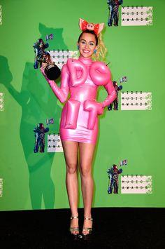 Miley Cyrus - 2015 MTV Video Music Awards