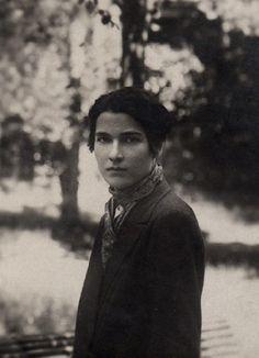 Thelma Wood, 1921