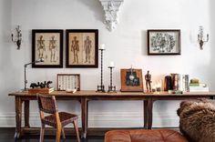 Decoração clássica e elegante em uma townhouse no Brooklin.  Projeto: Roman and Willins  Veja mais: www.ehdecor.com.br    #townhouse #brooklin #decor #decoracao #openhouse #classic #living #kitchen