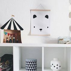 Hope you are enjoying your day! I'm off to the printers again and not complaining 😊 Tiny Bear Print looking lovely @nynneetliloujos house 💖 . . . #minikubo #untamedspirit #posters #prints #kidsprints #kidsinterior #kidsplayroom #kidsroom #nursery #nurserydecor #wallhanging  #nurserydecorinspo #eclectickidsroom #bohokidsroom #eclectic #bohokids #kinderzimmer #barnrumsinspo #coolprintsforkids #bold #boldprints #mothersofinstagram #styled #walldecor #homedecor #wallart #printsforkids…