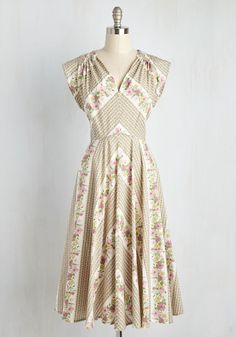 Beauty at the Bungalow Dress in Meadow - Multi, Tan / Cream, Floral, Print, Daytime Party, A-line, Sleeveless, Spring, Woven, Exceptional, Long, Cotton, Variation