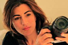Jehane Noujaim (1974) Exipto. Películas na exposición: Startup.com (2001) https://www.pinterest.com/pin/568509152931492113/