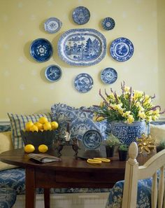 Provence decor - blue and yellow LOVE LOVE THIS!!! Makes my heart smile!!: