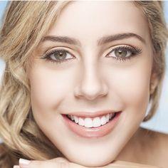 Tu salud dental en las mejores manos Salud dental son todos los detalles de la salud  y el funcionamiento de nuestra boca, especialmente de los dientes y las encías. Además de tener un buen aspecto estético, la cavidad oral debe carecer de infecciones que puedan causar caries, inflamación de las encías, pérdida de los dientes y mal aliento... http://www.inkomoda.com/tu-salud-dental-en-las-mejores-manos/
