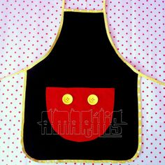 avental Mickey Craft, Disney Magical World, Mickey House, Childrens Aprons, Sewing Aprons, Kids Apron, Disney Diy, Mickey Minnie Mouse, Mouse Parties