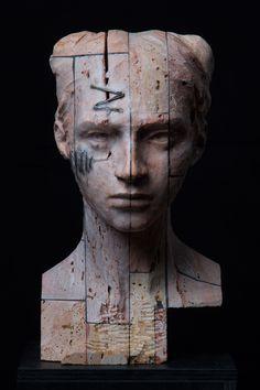 Testa V (2015). Stone, iron and wax, cm 39 x 22,5 x 24. © Christian Zucconi