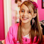 check oout kaelyn on seven super girls on you tube Seven Super Girls, Girls Channel, Good Mythical Morning, How To Play Minecraft, Ever After, Supergirl, Girl Pictures, Cute Hairstyles, Youtubers