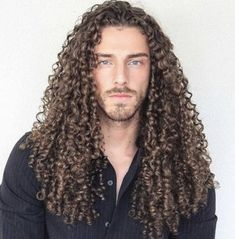 Thingking of getting a perm? Learn everything about perm hair and the different types of perms, meaning, cost, and styles. Curly Perm, Perm Hair, Hair Perms, Curls Hair, Long Curly Hair Men, Wavy Hair, Long Perm, Medium Hair Styles, Curly Hair Styles