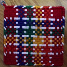 Pair of LARGE Handmade WOVEN Potholders HOTPADS by Northwonders Potholder Loom, Potholder Patterns, Dishcloth, Potholders, Crochet Patterns, Weaving Looms, Weaving Patterns, Hot Pads, Hobbies