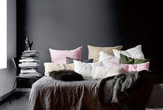 Hochwertige Bettwäsche aus Rohleinen in verschiedenen Farben