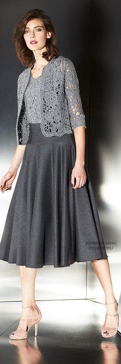 Escada Fall 2014 Ready-to-Wear Fashion Show Modest Outfits, Modest Fashion, Fashion Dresses, Dress Skirt, Dress Up, Mode Hijab, Crochet Clothes, Fashion Show, Jw Fashion