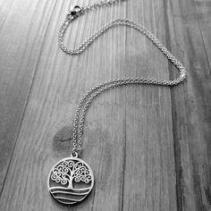 Schöne Edelstahlkette mit Lebensbaum Anhänger. Piercing, Pendant Necklace, Silver, Jewelry, Fashion, Nice Asses, Moda, Jewlery, Jewerly