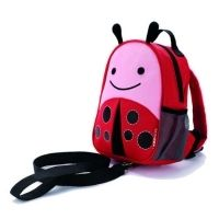 Buy Skip Hop: Zoo-Let Backback Harness - Ladybug online and save! This Zoo pal keeps little ones close during journeys! Zoo Harness is a mini backpack with a detachable tether for the smallest travelers. It features. Mini Mochila, Mochila Skip Hop, Toddler Backpack, Mini Backpack, Toddler Bag, Skip Hop Zoo, Kindergarten, Kids Backpacks, Hand In Hand