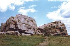 World's largest known erratic. Canadian Culture, Canadian History, O Canada, Alberta Canada, Wonderful Places, Beautiful Places, Amazing Places, Places To Travel, Places To See