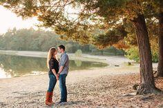 Engagement beach couple - Photographer Anne Paar
