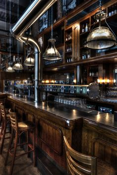 Come check out our top 50 industrial style home bar ideas. Take a look at these top 50 and hopefully it will help you achieve the Home bar of your dreams. Cafe Bar, Pub Bar, Beer Bar, Pub Interior, Bar Interior Design, Pub Design, Brewery Design, Bar Lounge, Bar Deco