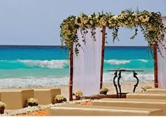 You won't believe how it is so easy to have the BEST BEACH WEDDING VACATION!