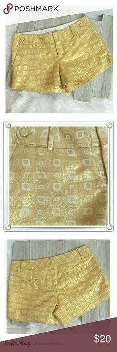 "Banana Republic Gold Brocade shorts Banana Republic Gold Brocade shorts size 4. Fully lined. Button detail each side. Side and back buttons. Length: 11"". Waist: 28"". Rise: 8"". (#C.F67) Banana Republic Shorts"