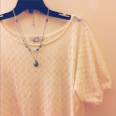 Knit lace pattern top shirt by F21 Cotton stretch, Knit top by forever 21 Size small Forever 21 Tops Blouses
