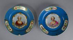 Par de pratos em porcelana Francesa Sevres do sec.19th, 21,5cm de diametro, 1,480 USD / 1.310 EUROS / 5,020 REAIS / 9,680 CHINESE YUAN