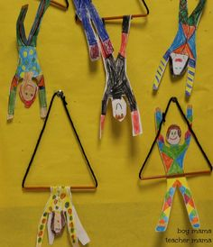 Trapézistes! Triangle en broches? Boy Mama Teacher Mama  Circus Craft Trapeze Artist (2).jpg