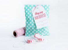 Perfect Holiday gifts to make sure you have everyone on your list covered!  And a link to a great FREE printable bag & tag.